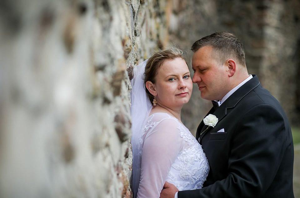 Natalia i Paweł – plener ślubny wczesną wiosną